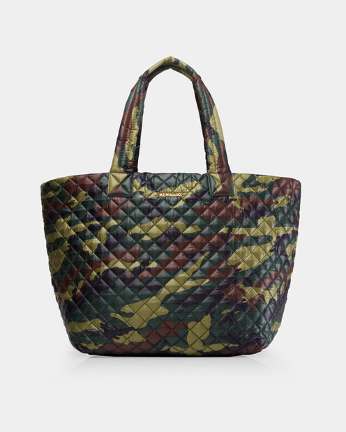 Large Metro Tote in color Camo