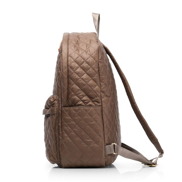 Medium Metro Backpack - Fawn Quilted Oxford (7661313) in color Fawn
