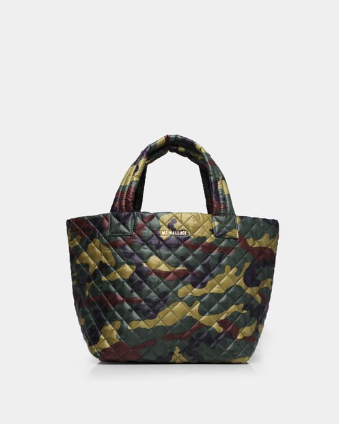 Small Metro Tote in color Camo