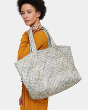 Basket Weave Oxford Large Metro Tote (3711374)