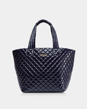 Dawn Lacquer Medium Metro Tote (3761410)