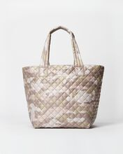 Blush Camo Medium Metro Tote