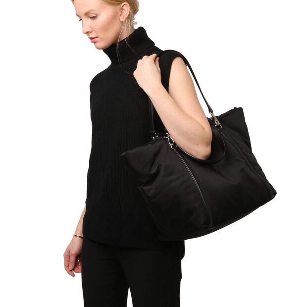 Black Bedford Puff Astor Tote (8291087) in color