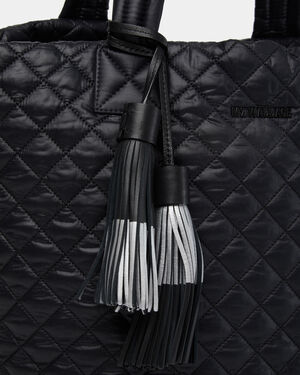 Black Double Dip Tassel (11150067)