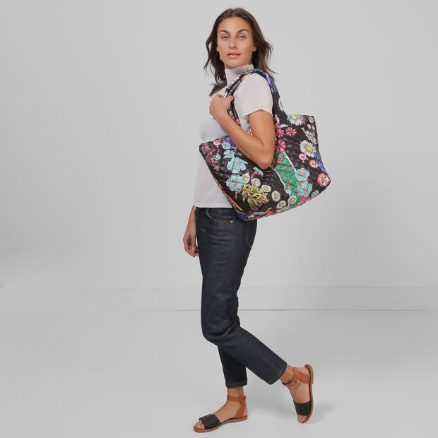CFDA Metro Tote (3761402) in color CR Floral