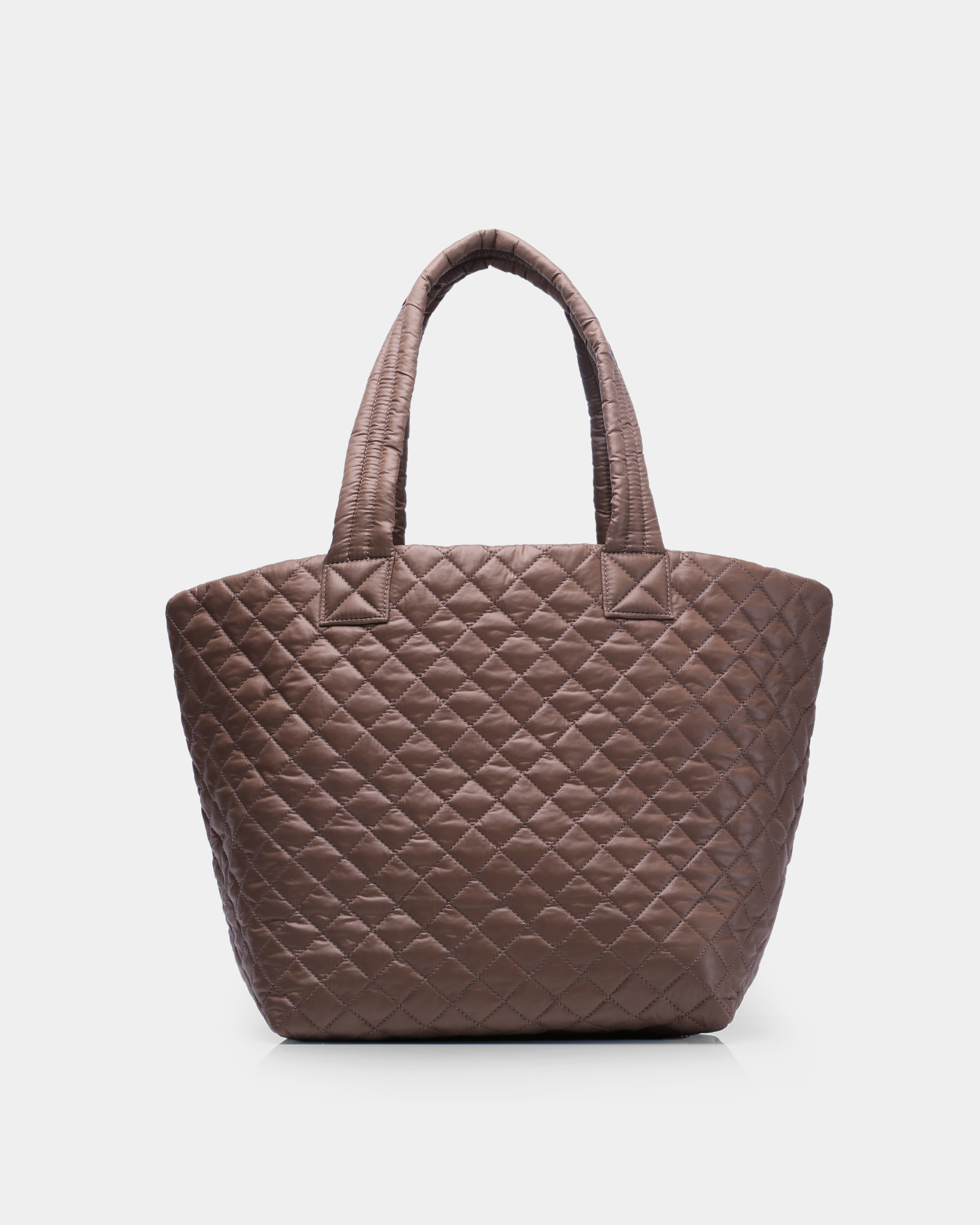 Medium Metro Tote - Fawn Quilted Oxford (3761313) in color Fawn